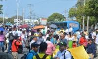 Cerca de 700 docentes del Magdalena participaron en el recorrido.