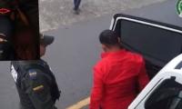 Momentos en los que la Policía de Colombia detiene a turista dominicano en Medellín por fingir su propio secuestro