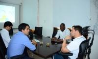 Reunión  entre el alcalde Rafael Martínez y el viceministro de Vivienda, Víctor Saavedra para proyecto de predios en Santa Marta