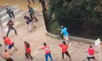 Desmanes y enfrentamientos entre hinchas en Medellín