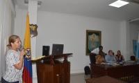 La gerente de la Essmar, Ingrid Aguirre, estuvo en el Concejo.