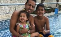 Martin Elías y sus hijos, Martíncito y Paula Elena