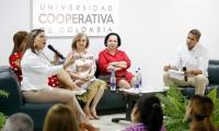 Conversatorio de 'Mujeres que Transforman' en la UCC