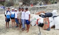Jornada de limpieza adelantada en Playa Blanca.