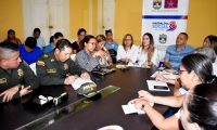 En este encuentro las autoridades revisaron los protocolos de aplicación en diferentes casos y definieron fortalecer las rutas de atención.