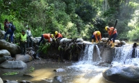 La Essmar y la Policía están realizando operativos en el río Minca.