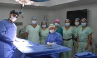 En la operación se extrajeron los dos riñones de un paciente que presentaba muerte cerebral.