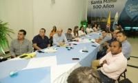 En la reunión también participaron los miembros del nuevo gabinete.