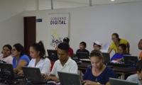 17 guías de turismo fueron certificados en curso de informática e internet