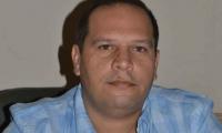 Alex Velásquez.