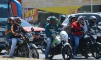 Propietarios de buses aseguran que las motos son las causantes de la mayoría de los accidentes de tránsito.