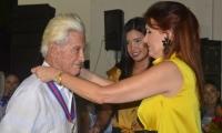 Don 'Pepe' Alzamora y la gobernadora del departamento del Magdalena, Rosa Cotes de Zúñiga.