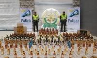 Policía incauta material de contrabando