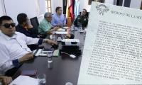 Los panfletos amenazantes fueron analizados en consejo de seguridad.