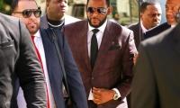 El rapero R. Kelly es acusado nuevamente de cometer delitos sexuales.