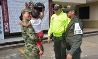 En el operativo, coordinado por el Ejército de Colombia, participaron el Gaula Militar, Fuerza Aérea Colombiana, la Policía Nacional y la Fiscalía Especializada 117.