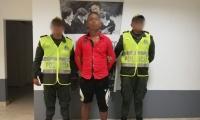 El capturado fue identificado como Albeiro Barreto Gómez, de 24 años de edad.