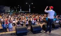 Luis Miguel Cotes en la masiva asistencia de miembros de la U para apoyarlo.