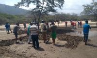 El equipo del Parque Nacional Natural Tayrona con el apoyo de los prestadores de servicios de las asociaciones realizan las actividades