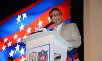 Carlos Caicedo durante posesión como gobernador del Magdalena