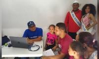 Brigada de salud en el barrio Corea de Santa Marta