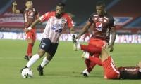 Luis 'Cariaco' González superando la marca del capitán americano Juan Segovia.