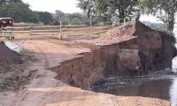 Sigue la erosión en Salamina.