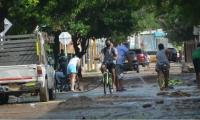 El lodo quedó sobre calles de diversos barrios de la ciudad.
