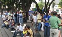 Aunque los índices bajan, Santa Marta pierde escalafones en las ciudades con menor desempleo.