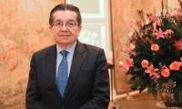 Fernando Ruiz Gómez es el nuevo Ministro de Salud.