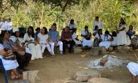 Reunión con líderes indígenas en la comunidad Katansama.