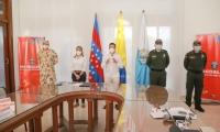 El gobernador del Magdalena, Carlos Caicedo, quien lamentó la muerte del líder social, destacó que los sicarios no están en cuarentena porque han asesinado a 56 líderes en el país en lo que va desde el 2020.