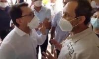 Momento en que el gobernador Carlos Caicedo le hacía la reclamación a Supersalud.