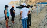 Operativos de las autoridades en playas.