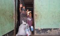 Entrega de ayudas en Guachaca