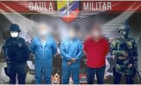 Los capturados fueron puestos inmediatamente a disposición del Despacho Fiscal General de la Nación.