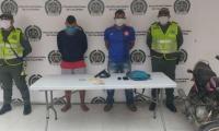 ésar Alfonso Campo Moreno y Jhon Andrés De la Cruz Sánchez, capturados en Ciénaga.