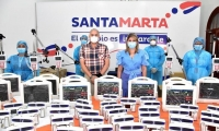 Virna Johnson, alcaldesa de Santa Marta, anunciando que Santa Marta tenía 220 camas UCI, cifra que nunca se ha reflejado en Minsalud.