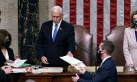 Mike Pence, actual Vicepresidente de Estados Unidos, lideró la sesión de ambas cámaras.