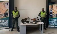 Armas y proveedores que fueron incautados.