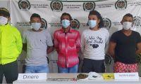 Los capturados junto a los elementos y sustancias alucinógenas, quedaron a órdenes de la Fiscalía General de la Nación.
