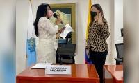 Juramento de Ingrid Gómez, concejal y presidente de la Comisión Legal de Equidad de la Mujer.