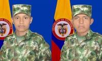 Los dos soldados secuestrados que estarían en manos de disidencias de las Farc.
