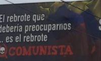Polémica por valla en Medellín.