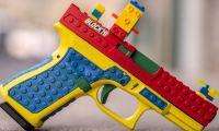 Pistola parecida a un juguete Lego