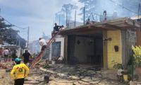 Incendio estructural en Buritaca