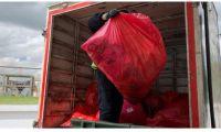 La separación de todos los residuos provenientes de vuelos internacionales se realiza mediante bolsa roja y tiene como destino la incineración y enterramiento de cenizas.