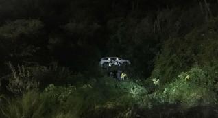 Transeúntes que pasaban por el lugar tomaron fotografías del accidente.