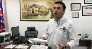 Contralor departamental, Ricardo Salinas