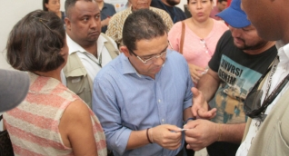 Alcalde Martínez visitó las oficinas de Veolia.